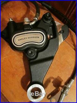 2015-19 Harley Davidson Softail Arrière Étrier de Frein Montage Fluide Ligne &