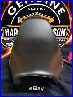 Harley Davidson Brawler Siège pour Softail Slim, Slim S & Blackline 2011-2017