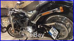 Support de plaque latéral Harley-Davidson Softail FLFB FAT BOY 107-114 / 2018